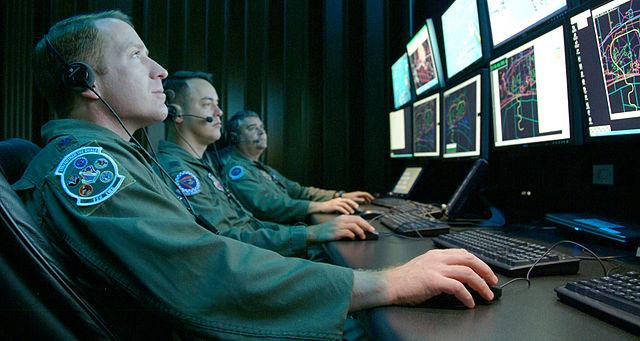 Monitoring_a_simulated_test_at_Central_Control_Facility_at_Eglin_Air_Force_Base_(080416-F-5297K-101)