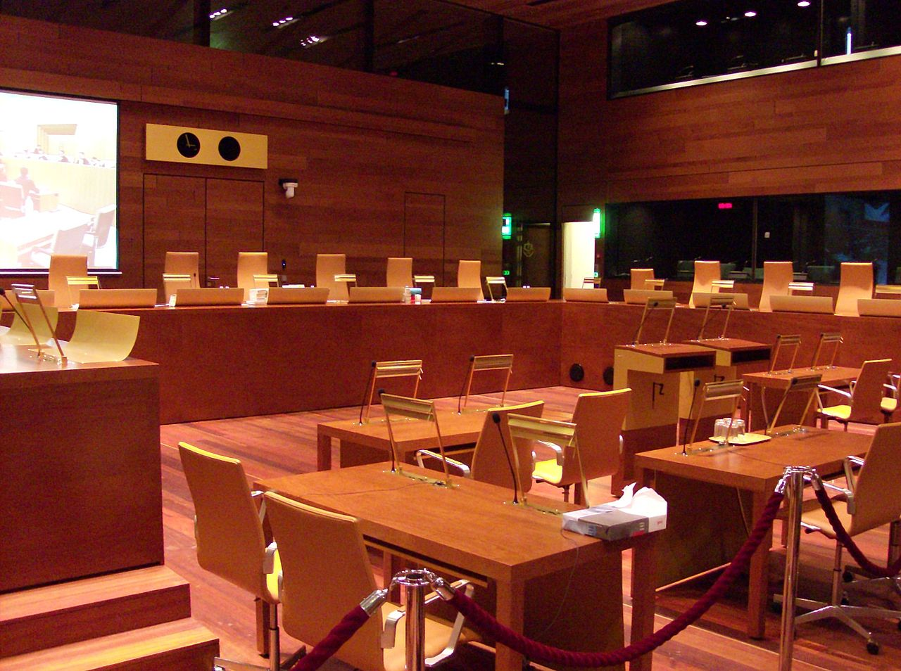 Gerichtssaal im Europäischen Gerichtshof. Bild: Stefan64. Lizenz: Creative Commons BY-SA 3.0.