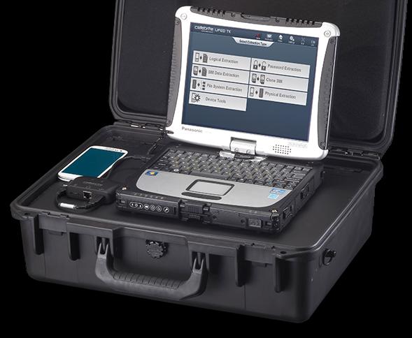 """""""Mobile Forensik"""": Mit diesen Geräten lesen deutsche Polizeibehörden gewöhnlich Mobiltelefone aus. Auch Passwortsperren können laut dem Hersteller Cellebrite überwunden werden."""