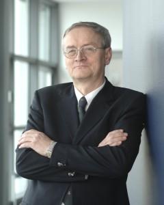 August Hanning als Staatssekretär im BMI 2006 - via bmi.bund.de