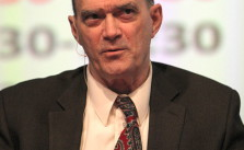 William Binney. Bild: Rama. Lizenz: Creative Commons BY-SA 2.0.