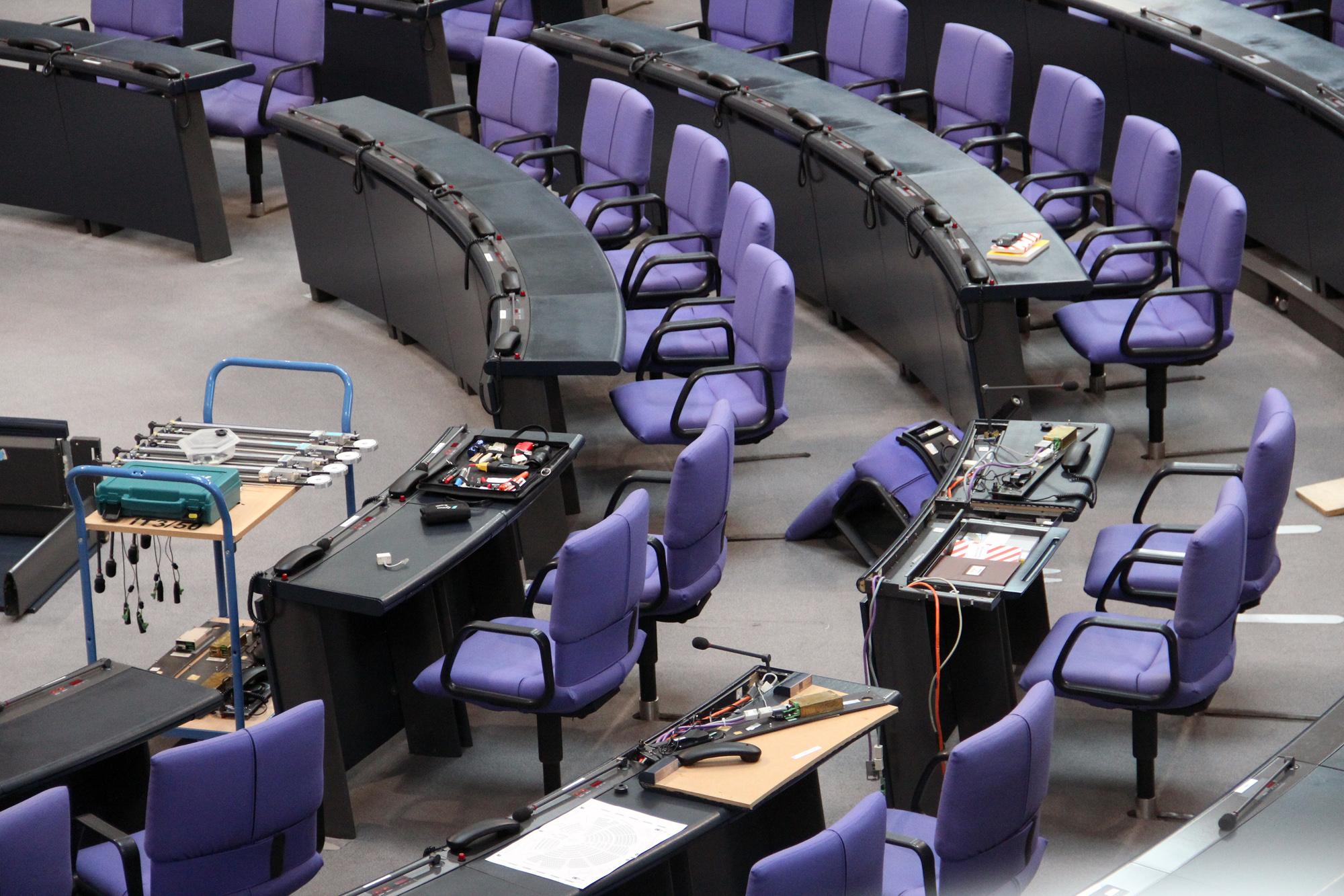 IT im Bundestag. Noch zu retten? Quelle: anonym