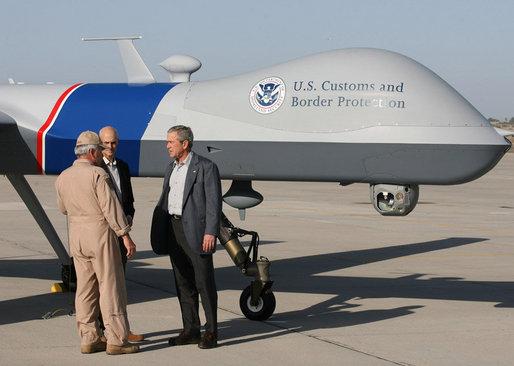 """Predator""-Drohne des US-Heimatschutz (Bild: White House)."