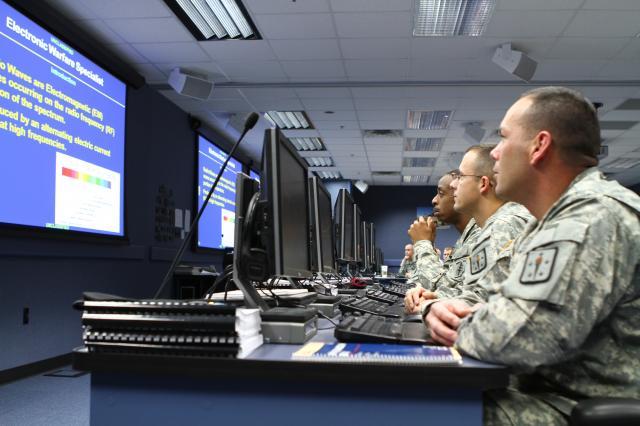 electronic-warfare-training