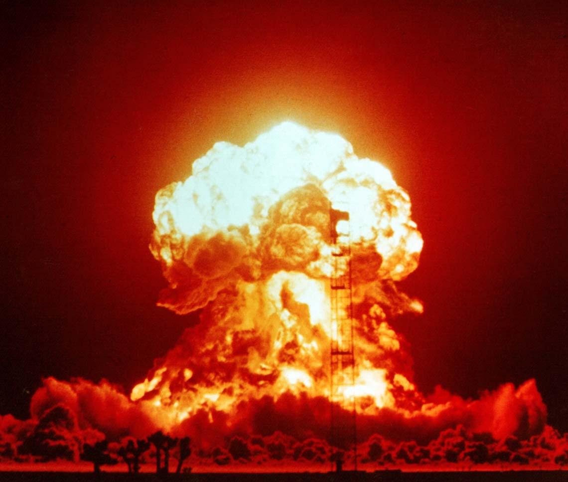 """Was ist die """"kritische Masse"""" bei De-Mail. Das weiß die Bundesregierung selbst nicht. Public Domain via wikimedia/National Nuclear Security Administration"""