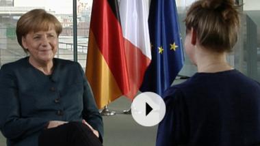 """Die Antworten standen wohl schon vor den Fragen fest: Merkels inszenierter """"Podcast"""""""