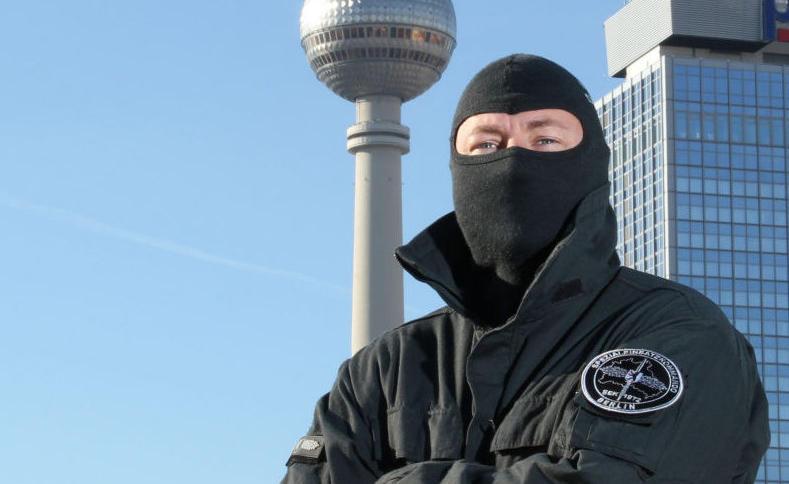 """Polizeiobermeister Sebastian K"" (Bild: Polizei Berlin)."