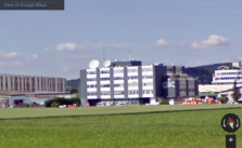 Wavecom-Firmensitz mit Dachantennen - via GoogleStreetView