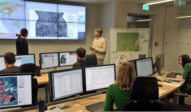 Das zum DLR gehörende Zentrum für satellitengestützte Kriseninformation beliefert auch die Bundespolizei mit Satellitenbildern.